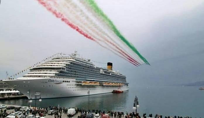 "Photo of Κατέπλευσε στην Ελλάδα η ""πλωτή Βενετία"""