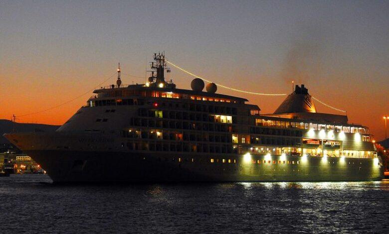Silver Shadow εκτάκτως στην Τήνο, Αρχιπέλαγος, Ναυτιλιακή πύλη ενημέρωσης